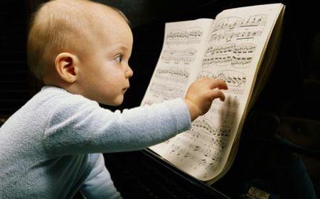 Los-niños-en-contacto-con-la-música